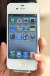 white-iphone-4-1