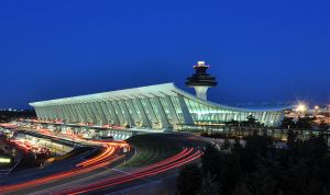 800px-Washington_Dulles_International_Airport_at_Dusk