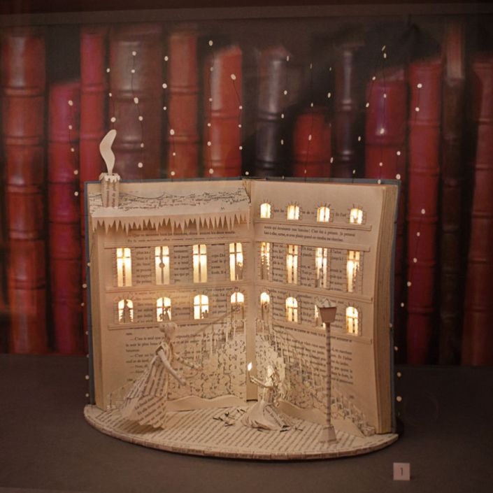 book sculpture night light