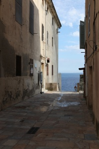 alley to the ocean