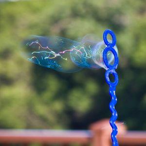 bubbles_2610807551